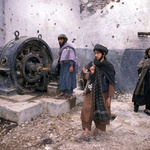 Qais Akbar Omar v Utrdbi z devetimi stolpi o svojem otroštvu v nemirnem Afganistanu! (foto: profimedia)