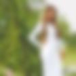 Mirela: šarmira z 'uteklo' bradavičko in čipkastim perilom