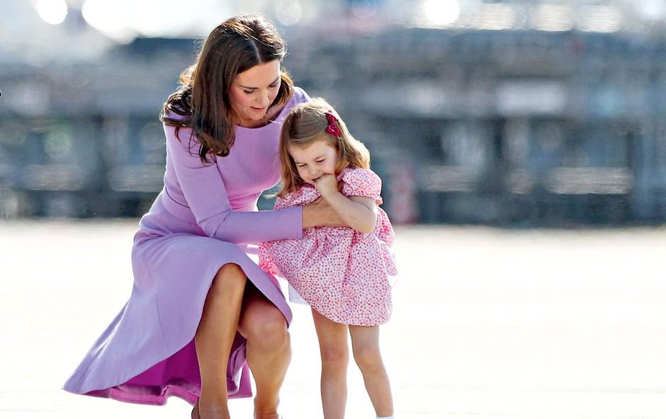 Kate Middleton: Tudi tretjič nosečniške slabosti (foto: Profimedia)