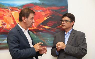 Simon Vrhunec, direktor Barsosa, in Andrej Božič, predsednik Glass Divison Ampelus holding Ltd.