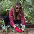 Melania Trump vrtnarila ob Beli hiši