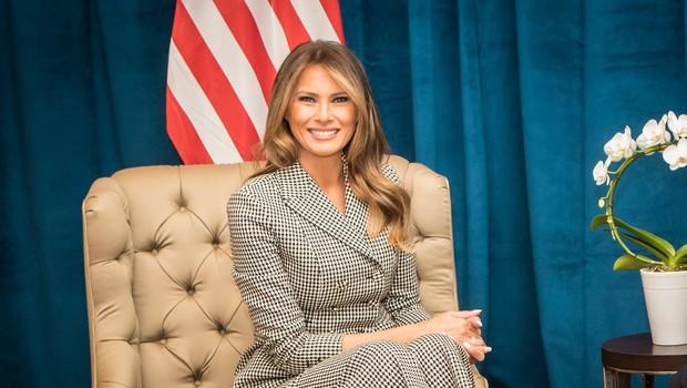 Melania Trump z izbrano dekoracijo praznično polepšala Belo hišo (foto: profimedia)