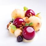 Miza za štiri: Kulinarika intime, ljubezni in strasti (foto: Aleksandra Saša Prelesnik, Jure Brložnik)