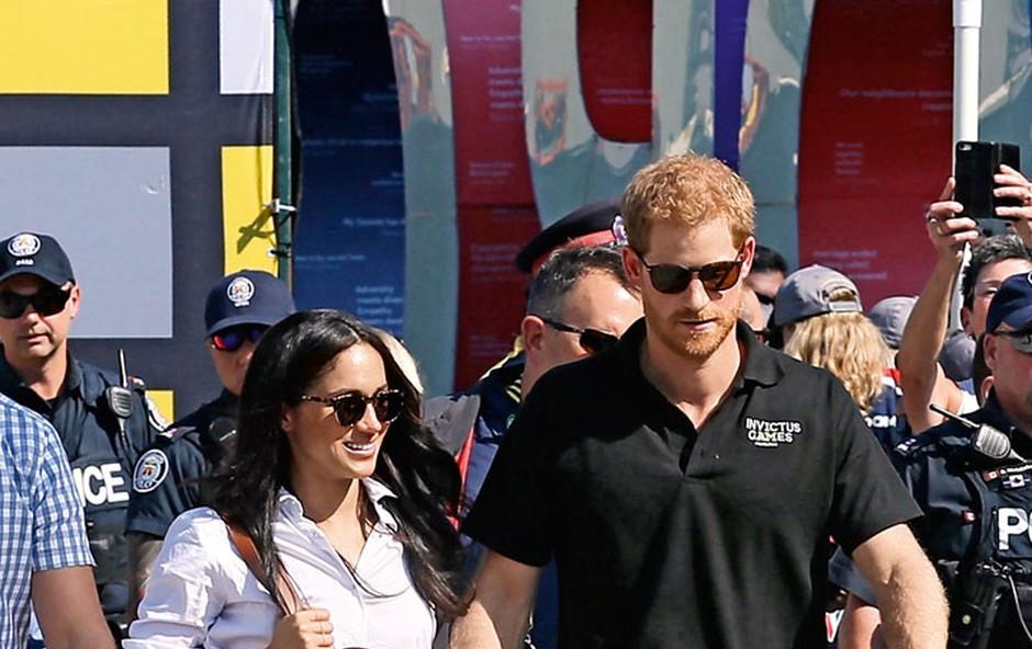 Princ Harry in Meghan Markle:  V javnosti sta se držala za roke (foto: Profimedia)