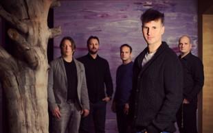 Single 'Punca v belem' napoveduje novi, dvojni album skupine Flirrt!