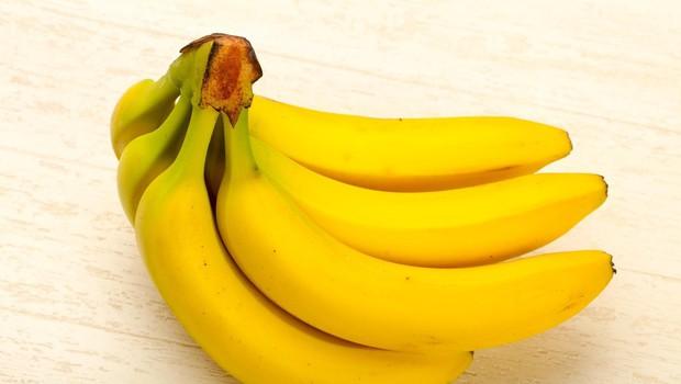 Redno uživanje banan lahko pomaga preprečiti infarkt in kap (foto: Profimedia)
