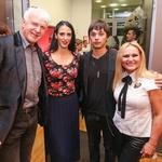 Andrej Šifrer, operna pevka Dunya Tinauer, Matic Marentič in Nuša Derenda so zapeli v čast Andreji. (foto: Barbara Reya, Tina Ramujkič in Borut Cvetko)