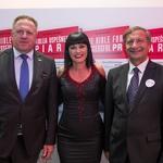 Andrejin izid knjige sta pozdravila kar dva ministra: Zdravko Počivalšek in Karl Erjavec. (foto: Barbara Reya, Tina Ramujkič in Borut Cvetko)
