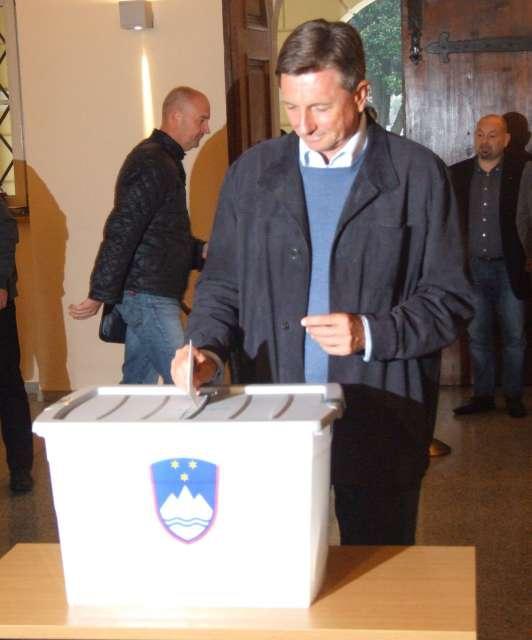 Kaj so kandidati za predsednika in predsednico Slovenije rekli potem, ko so obkrožili svoje zaporedne številke! (foto: Rosana Rijavec/ST)