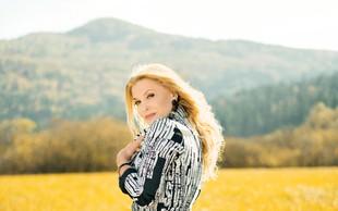 Helena Blagne tega čudovitega lepotca naravnost obožuje