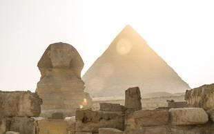 V Keopsovi piramidi odkrili kot letalo velik prazen prostor!