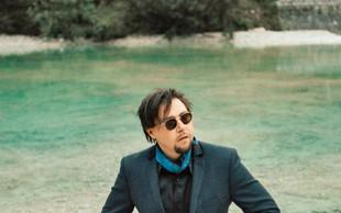Gal Gjurin je izdal knjigo Glasba je oblika ljubezni