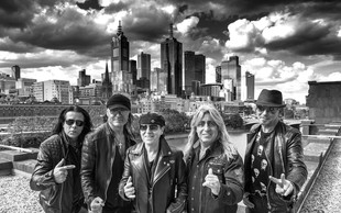 Novi album legendarnih Scorpions tik pred izidom!
