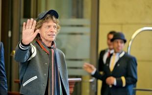 Mick Jagger ljubi 52 let mlajšo!