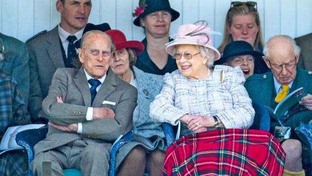 Kraljica Elizabeta in princ Filip poročena že 70 let! (foto: Profimedia)