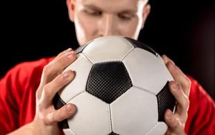 V Veliki Britaniji bodo preverili povezavo med nogometnimi poškodbami glave in demenco!