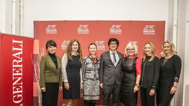 Sodelujoči na okrogli mizi Vanja Hrovat, Patricija Pergar, Renata Martinčič, Predrag Todić, Andrejka Grlić, Zarja Mavec in Ivana Vrviščar.  (foto: Tina Ramujkić)