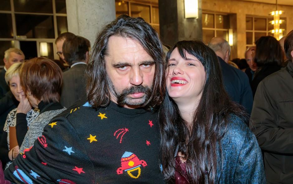 Nenavaden hrvaški glasbeni par si je nadel umetniško ime Mr. Lee & IvaneSky. Pod tem imenom sta letos poleti nastopila tudi na festivalu Live Cinema v Veliki Britaniji, kjer ju je posnela televizija BBC. (foto: SNG Press)