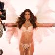 VIDEO: Adriano Lima oblile solze na njeni zadnji modni reviji za Victoria's Seceret