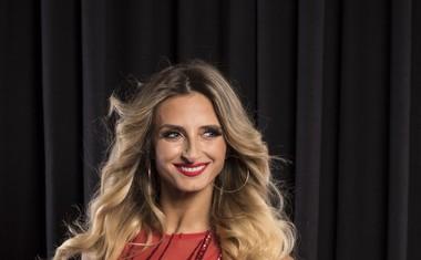 Ekipi profesionalnih plesalcev v Zvezde plešejo se bodo pridružili trije novi obrazi