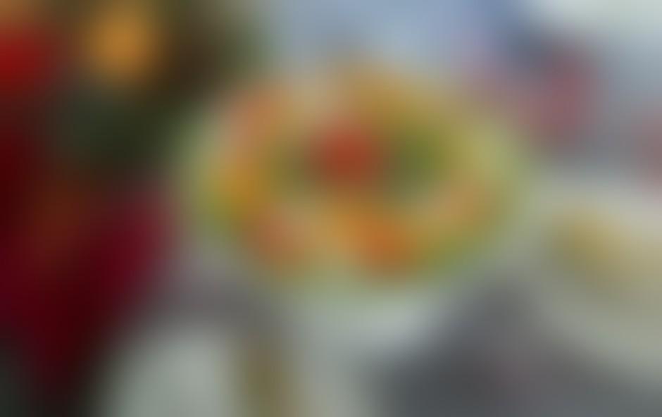 VIDEO: Običajne jedi spremenimo v praznično pašo za oči - 2. del