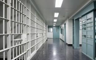 Brazilija: V spopadu med zaporniškimi kriminalnimi združbami več mrtvih