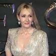 Se J.K. Rowling ne da več pisati knjig in bo zdaj pisala le še scenarije?