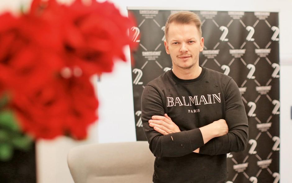 Umetnik ličenja Dušan Lazić skrbi za 10 zvezdnic! (foto: Goran Antley)