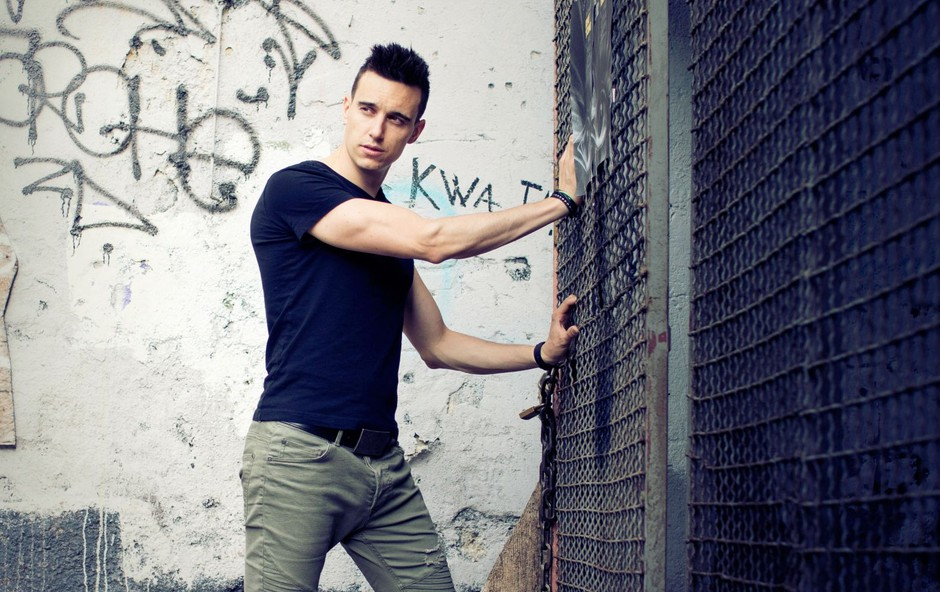 Nino Ošlak predstavlja svež singel & videospot Nekaj je na tebi! (foto: Jasa Muller)