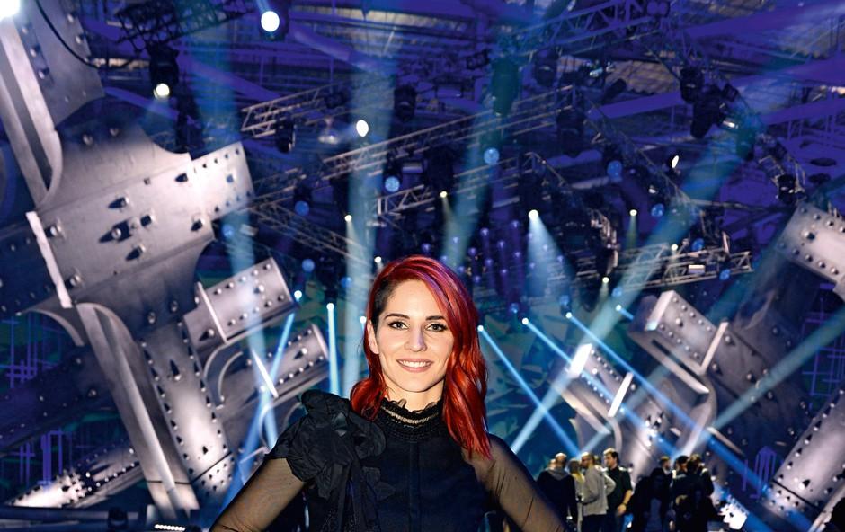 Lea Sirk je odvisna od televizijskega adrenalina (foto: Primož Predalič)