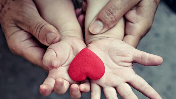 Empatija - nujno jo potrebujejo tako otroci kot starši (foto: Shutterstock)