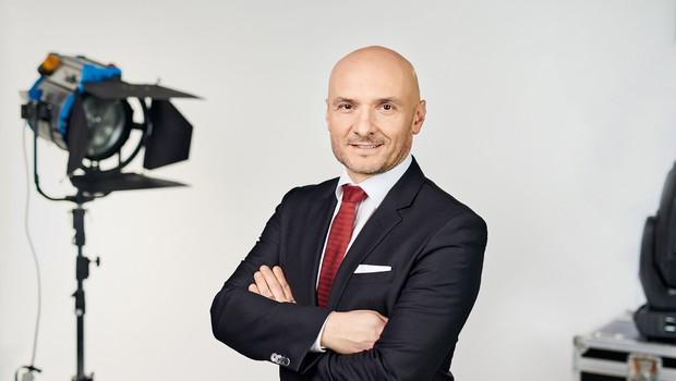 Branko Čakarmiš pokazal, kdo ima na POP TV najlepše noge (foto: Žiga Culiberg)