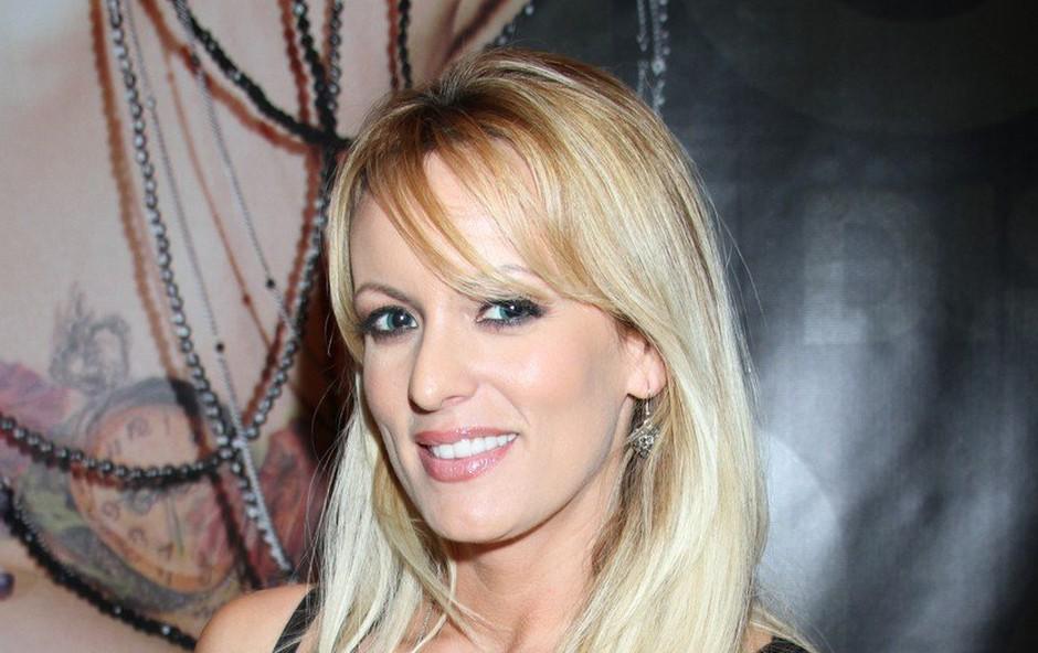 Razvpita porno zvezdnica Stormy Daniels se ločuje! (foto: profimedia)