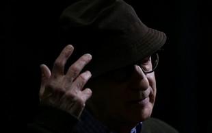 Govorice o tem, da je Woody Allen spolno zlorabil posvojenko, ponovno oživele!