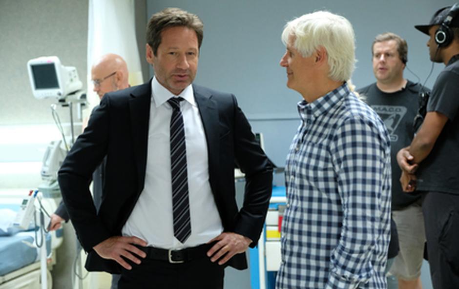 Mulder (Duchovny) in režiser Carter Chris (foto: Fox)