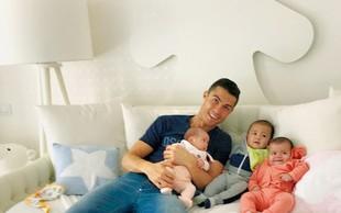 Cristiano Ronaldo si želi več otrok: Družina s sedmimi otroki je res popolna!