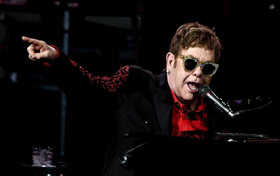 70-letni Elton John se po 50 letih poslavlja od koncertnih odrov (foto: profimedia)