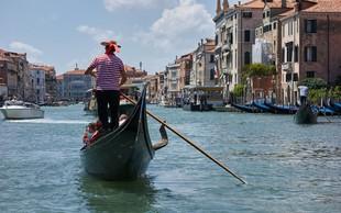 Restavracija v Benetkah, kjer so z visokim računom opeharili turiste, prejela 20.000 evrov kazni