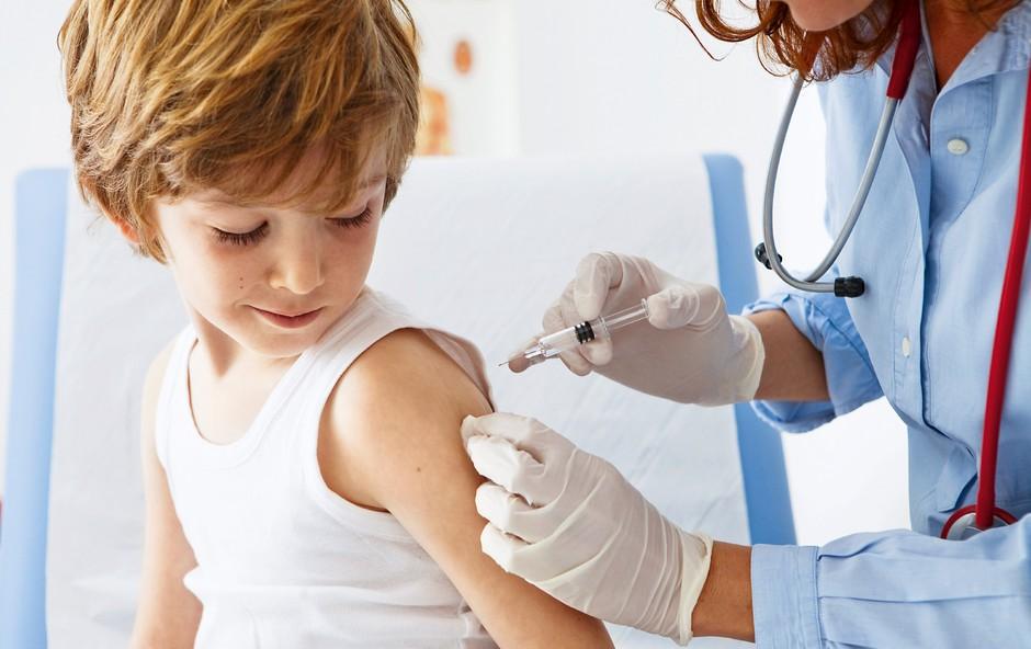 Razprava o cepljenju: Za več znanja in pojasnjevanja (foto: Shutterstock)