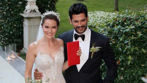 Burak Özçivit in njegova največja ljubezen - Fahriye (foto: Profimedia)