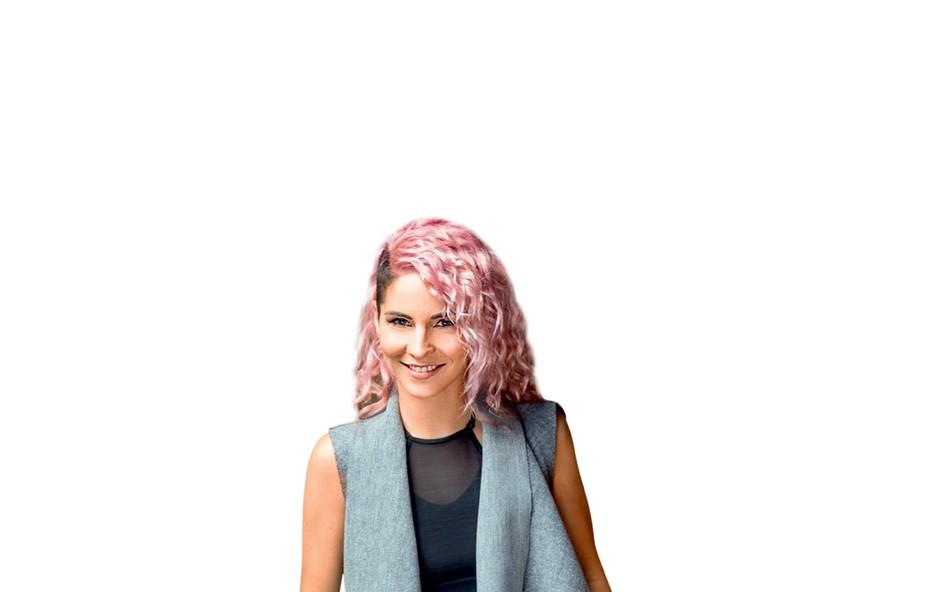 Lea Sirk skozi glasbo predstavlja sebe (foto: Osebni arhiv)