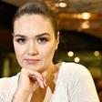 Alenka Košir pokazala, da pražen krompir dela kar s smučarsko čelado