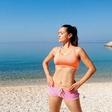Alenka Košir pokazala, kako na vso moč uživa, brez trohice šminke je videti kot prava morska deklica