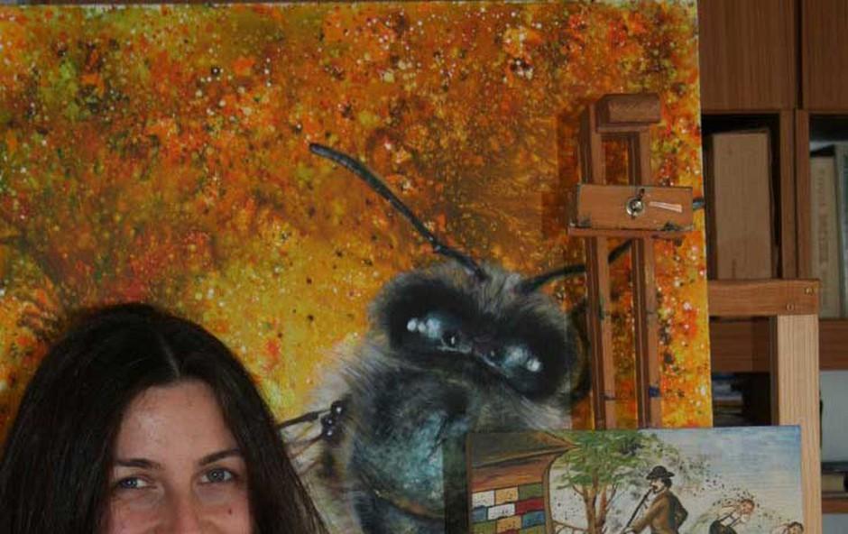 Anja Bunderla v umetnost vključuje - čebele! (foto: Osebni arhiv)