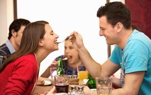 O vse bolj popularnih odnosih 'prijateljstvo z dodatkom' - prednosti in slabosti razmerja!