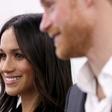 Princ Harry in Meghan na svojo poroko povabila več tisoč Britancev