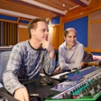 Lea Sirk in producent Tomy DeClerque: Udarna glasbena kombinacija