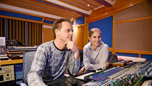 Lea Sirk in producent Tomy DeClerque: Udarna glasbena kombinacija (foto: osebni arhiv)