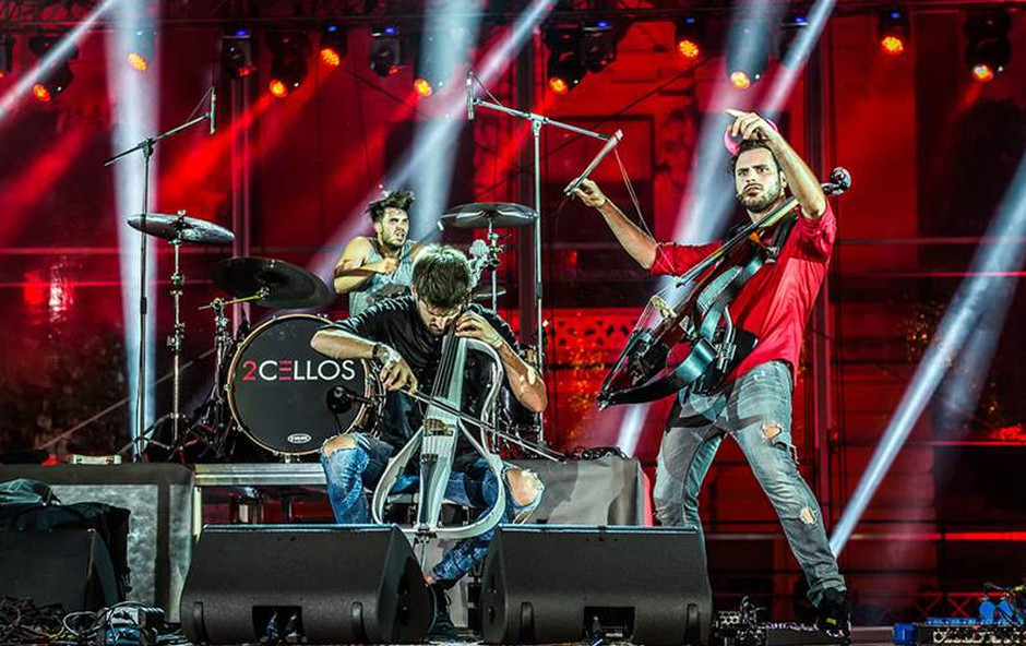 2CELLOS junija v Kopru z velikim open air spektaklom (foto: 2Cellos Press)