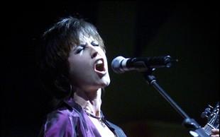 The Cranberries bodo kljub smrti pevke Dolores O'Riordan izdali album